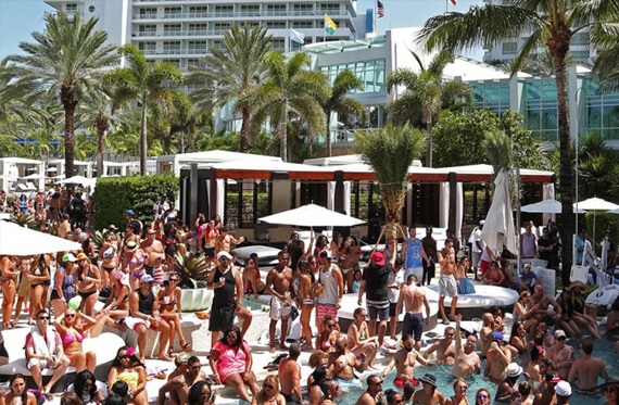 Miami Pool Parties, Fontainebleau - Driven Miami