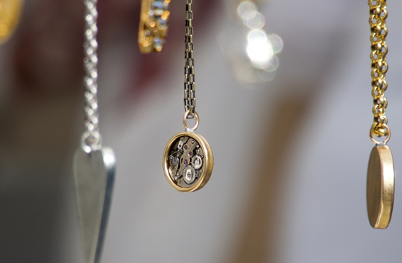 Jewelry - Things to Buy